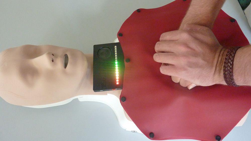 Dispositivo creado para proporcionar las compresiones torácicas precisas (Foto: Instituto Fraunhofer para la Investigación del Silicato)