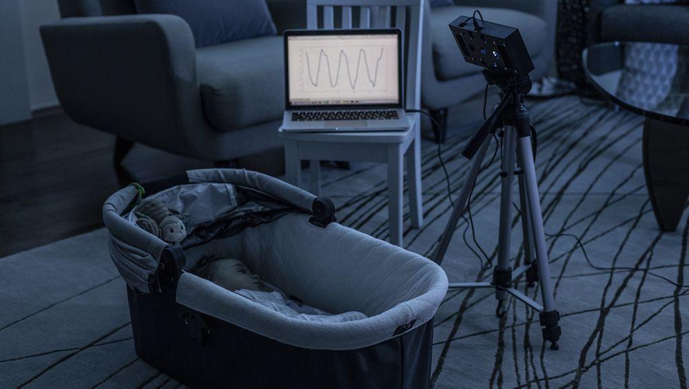 El monitor de respiración BreathJunior, en acción (Foto: Universidad de Washington)