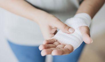 Un gel que trata y previene las heridas infectadas. (Foto. Freepik)