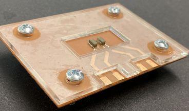 Este chip podrá permitir la realización de pruebas sobre la rigidez a gran escala para determinar cómo las distintas enfermedades se desarrollan (Foto. Lab on a Chip)