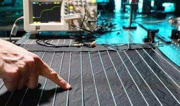 Desarrollan unas fibras textiles capaces de medir la salud de una persona (Foto. Escuela Politécnica Federal de Lausana)
