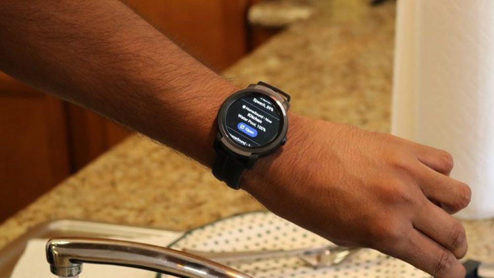 Un reloj inteligente alerta a los usuarios sordos sobre la actividad cercana (Foto. Universidad de Washington)