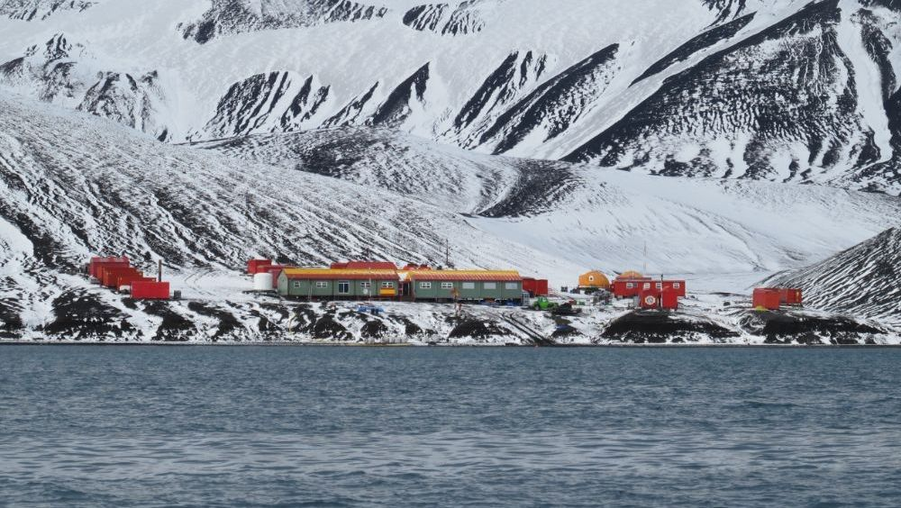 Base temporal española Gabriel de Castilla, en isla Decepción.