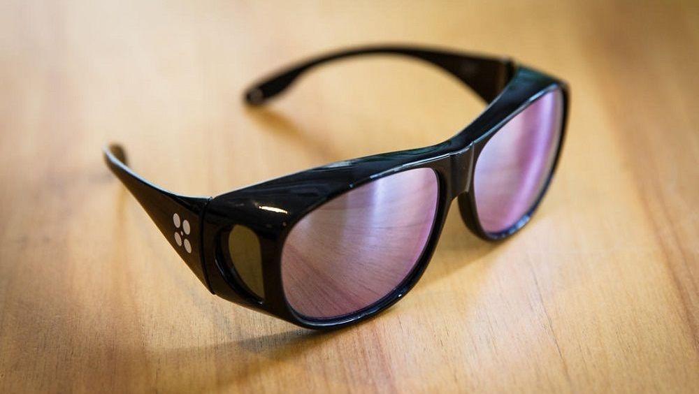 Gafas correctoras y cura biotecnológica contra el daltonismo