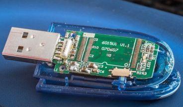 Desarrollan una prueba de VIH que cabe dentro de una memoria USB