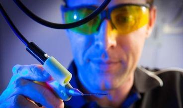 Un biobolígrafo permite imprimir células madre en 3D durante cirugías