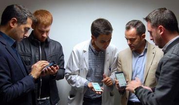 Ignacio Martínez, Gabriel García, Antonio de Arriba, Francisco González y Alejandro Giménez, desarrolladores de la app