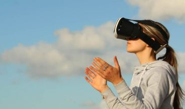 La realidad virtual ayudará a combatir la ansiedad a los pacientes en preoperatorio del Hospital Clínico de Barcelona