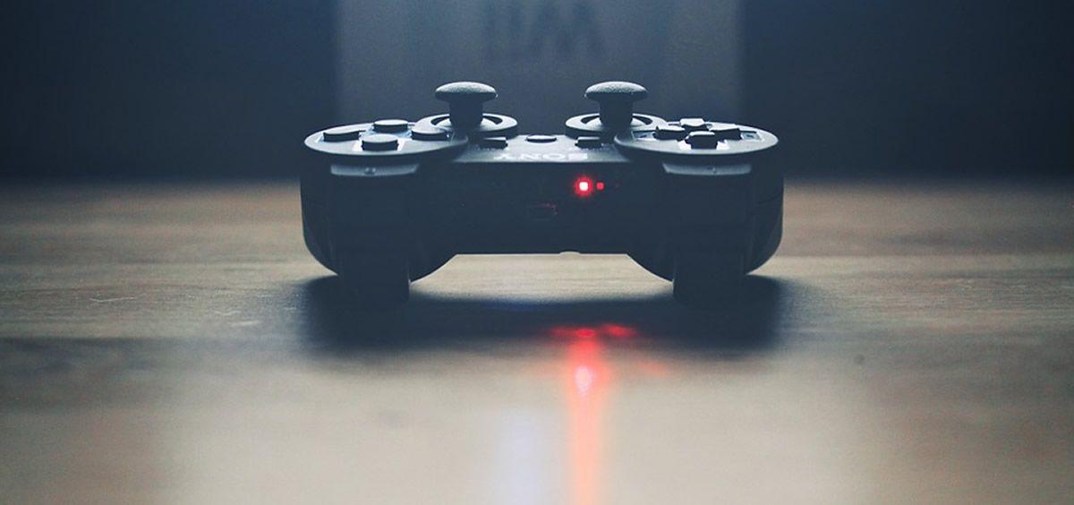 Un videojuego permite entrenar al cerebro para distinguir una conversación con un elevado ruido de fondo