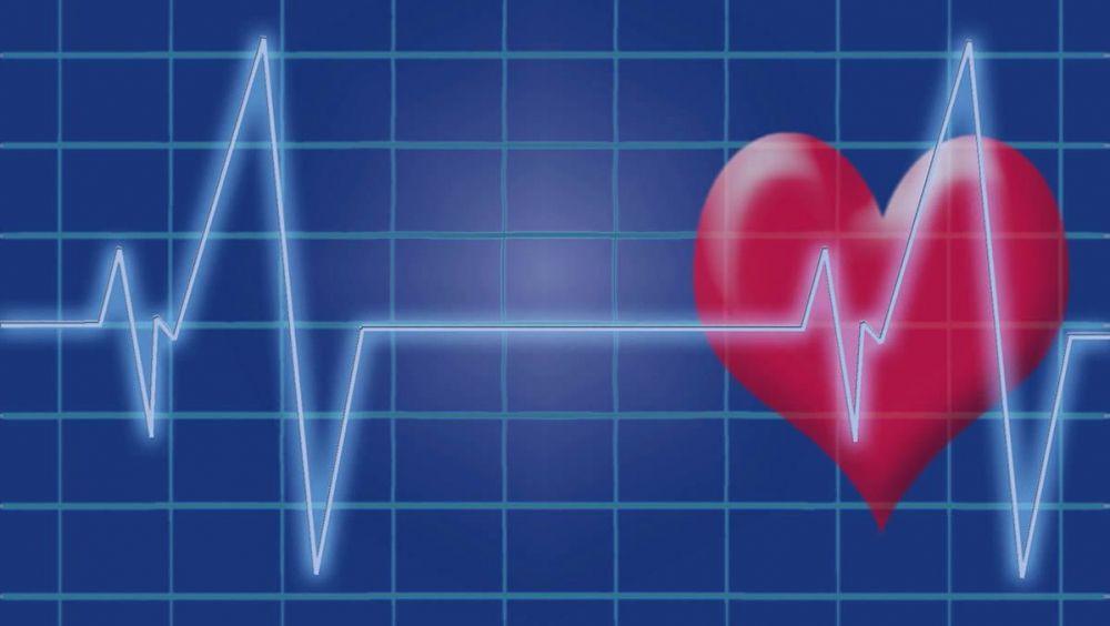 Los desfibriladores son unos sistemas electrónicos que permiten restablecer el ritmo cardiaco normal mediante una descarga eléctrica de alto voltaje