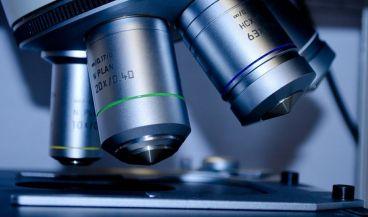 La aplicación de realidad aumentada puede integrarse los microscopios clínicos tradicionales