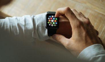 Las apps de salud conectada están interconectadas con dispositivos electrónicos