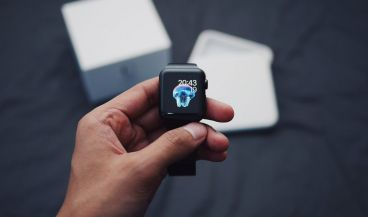 El Apple Watch S4 incluye una nueva tecnología capaz de medir el ritmo cardíaco.