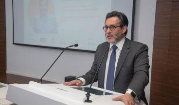 Julio Mayol recoge el Premio Salud Digital 2019 a la Personalidad Digital del Año.