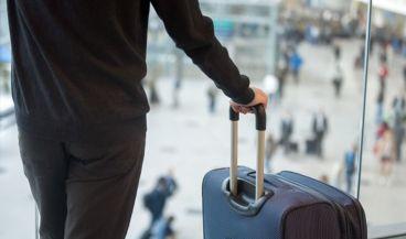 Maletas inteligentes para ayudar a las personas ciegas a moverse por los aeropuertos