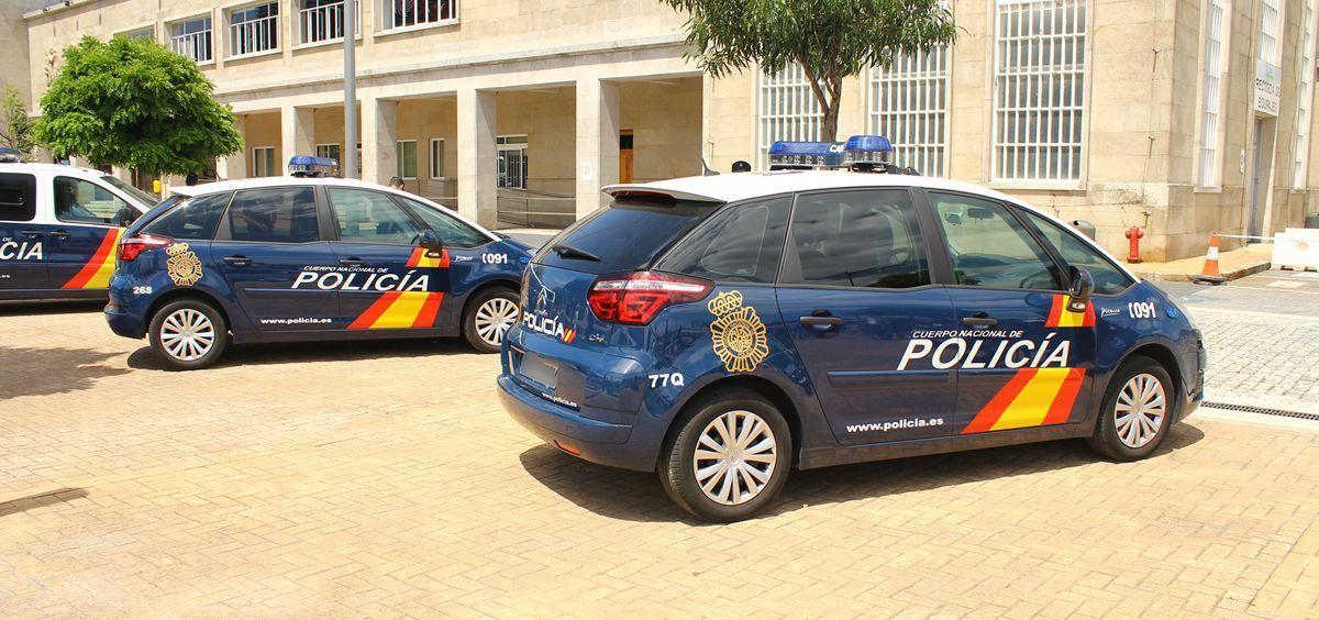 Vehículos del Cuerpo Nacional de Policía (CNP).