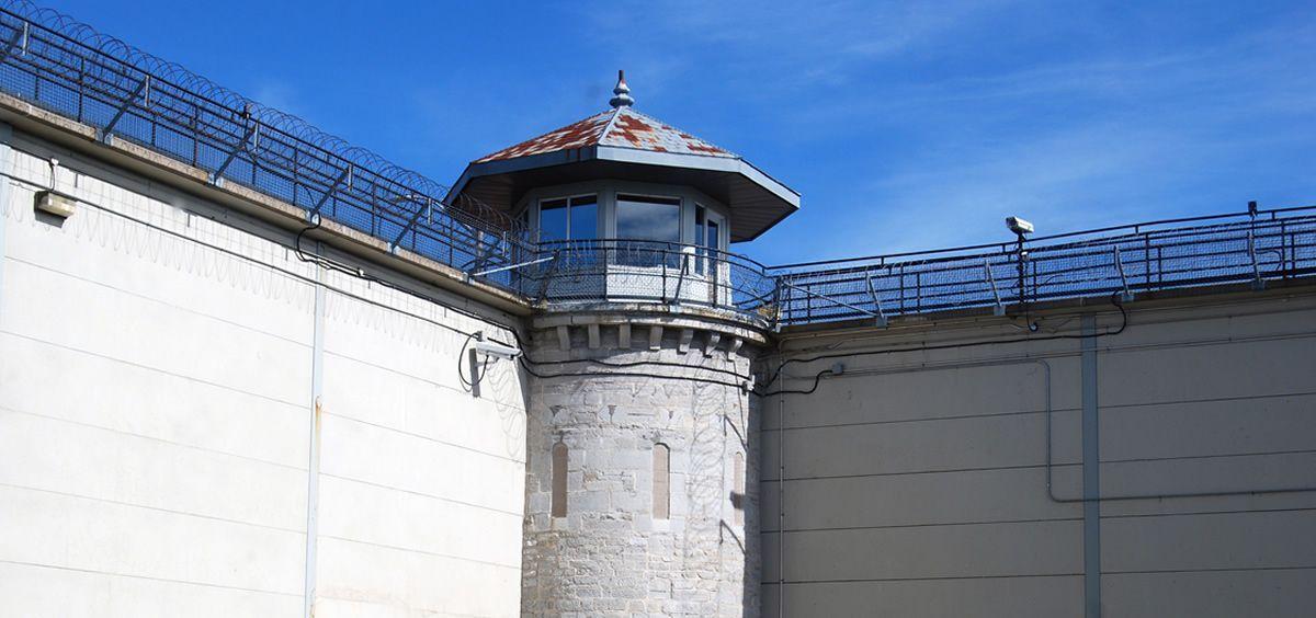 El Centro Penitenciario de Castellón I lleva además más de un año sin psiquiatra ni internista, según CCOO-PV.