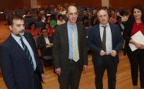 El consejero de Sanidad, Jesús Vázquez Almuiña y el gerente del Sergas, Antonio Fernánez-Campa, durante la reunión de constitución del Consejo Técnico de Atención Primaria.