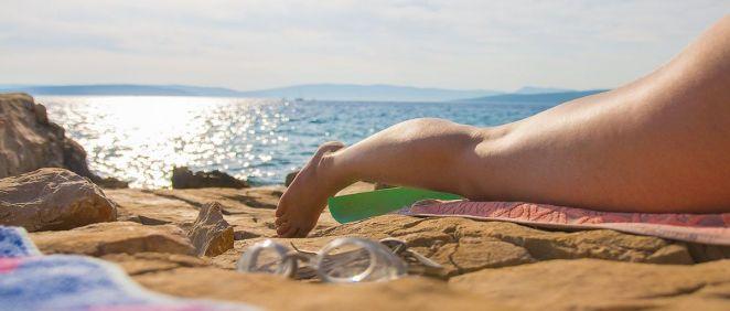 La exposición prolongada a la radiación del sol es un factor de riesgo del cáncer de piel.