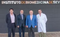 El consejero de Salud y Familias, Jesús Aguirre, en una jornada celebrada en el Instituto de Biomedicina de Sevilla (Ibis)