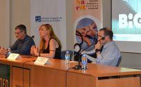 Carlos Tellería, responsable técnico del proyecto; Sandra García Armesto, Directora gerente del IACS; y Enrique Bernal, investigador principal.