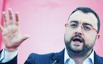 El líder del PSOE de Asturias, Adrián Barbón.