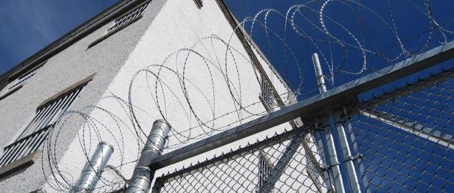 Imagen del exterior de un centro penitenciario. / Foto: Unsplash