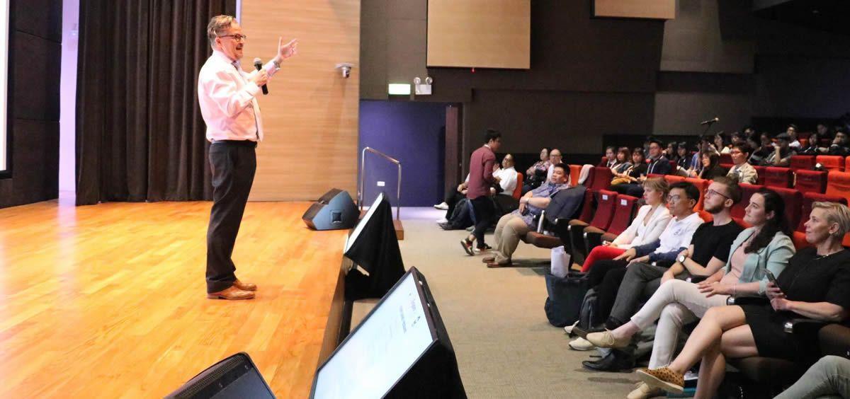 Un instante de la Asamblea de Estudiantes de Enfermería del Consejo Internacional de Enfermería, celebrada en Singapur   Foto: CIE
