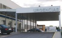 Imagen de la puerta de Urgencias del Hospital Gutiérrez Ortega de Valdepeñas (Ciudad Real). / Foto: Sescam.