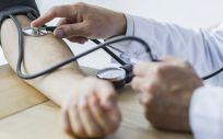 La hipertensión aumenta en los países de renta media o baja y disminuye en los ricos (Foto: Freepik)