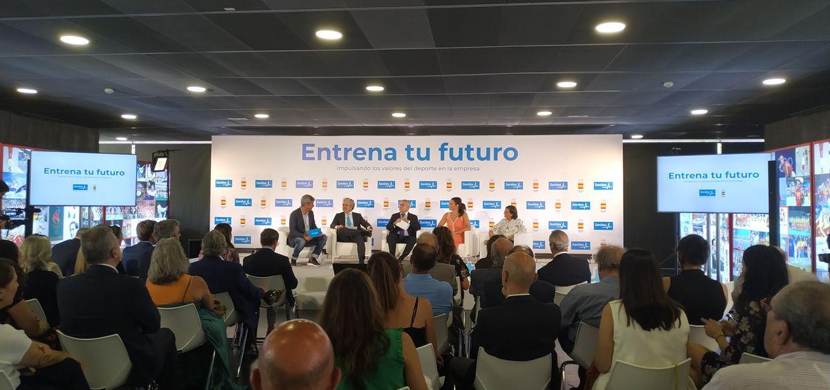 Presentación de 'Entrena tu futuro' (ConSalud.es)