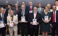 El consejero de la Comunidad de Madrid en funciones, Enrique Ruiz Escudero, en el acto de presentación del libro 'Mirame a los ojos' (ConSalud.es)