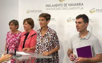 De izq. a der.: María de Simón (Izquierda Ezquerra), Uxue Barkos (Geroa Bai), María Chivite (PSN PSOE) y Eduardo Santos (Podemos) / Foto: @geroabai