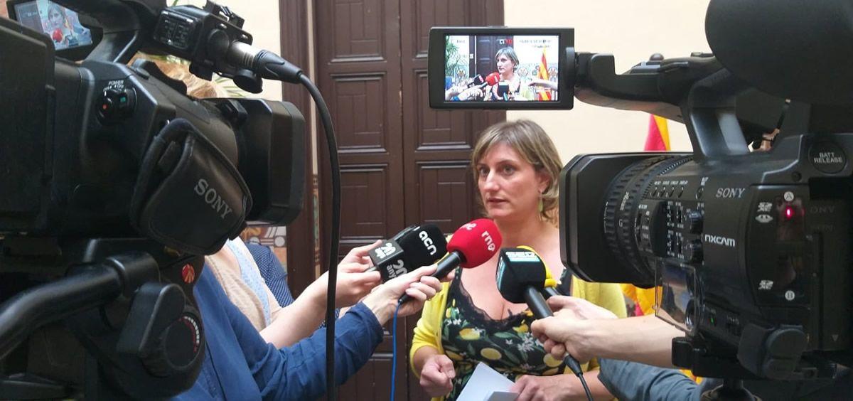 La consejera de Salud de Cataluña, Alba Vergés, compareciendo ante los medios. / Foto: @albaverges