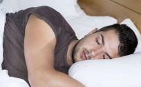 Paciente con apnea del sueño (Foto de Freepik)
