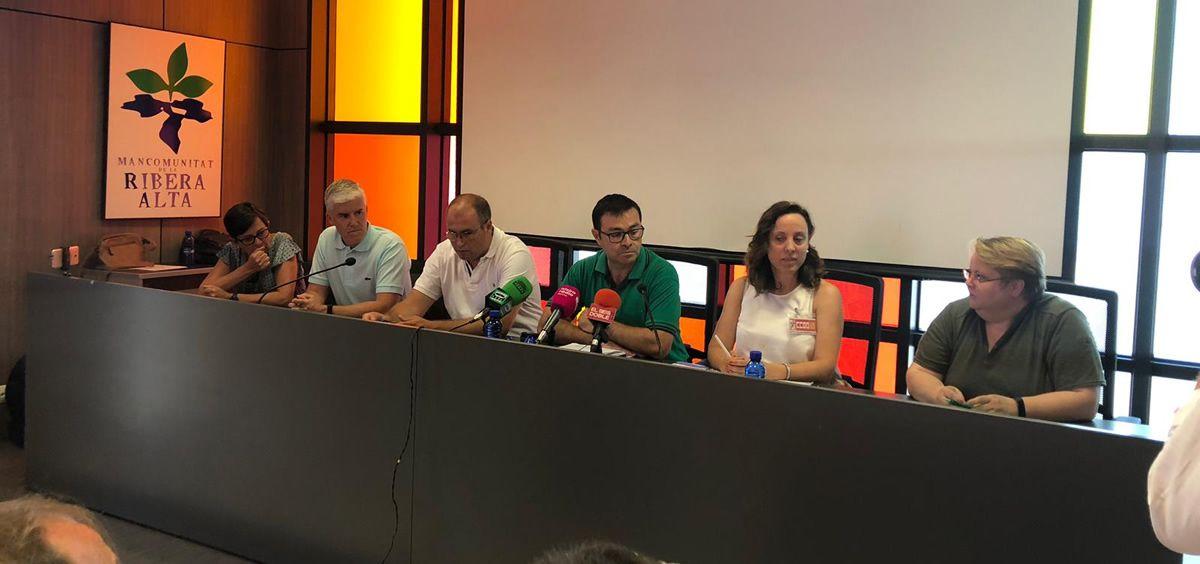 El Comité de Empresa del Hospital de La Ribera, en rueda de prensa | Foto: Sanidad Solo Hay Una