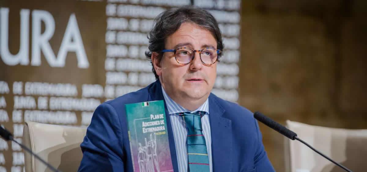 El vicepresidente segundo y consejero de Sanidad y Servicios Sociales de Extremadura, José María Vergeles. (Foto. Junta de Extremadura)