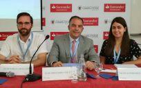De izquierda a derecha: Pablo Caballero, Luis Truchado y Marta Ferreres (Foto: Juanjo Carrillo Córdoba - ConSalud.es)