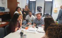 Momento de una de las reuniones mantenida por el equipo de HADO (Foto. Gobierno de Canarias)