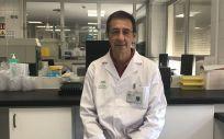 Antonio Jimenez, responsable de Biología Molecular del Laboratorio de Hematología del Hospital Regional de Málaga (Foto. Junta de Andalucía)