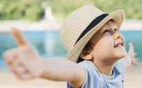 Protección solar a niños (Foto. Freepik)