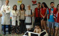 Cruz Roja y miembros del Sescam (Foto. Sescam)