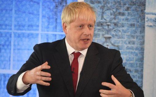 Brexit: Boris Johnson lo fija para el 31-O y promete más inversión en sanidad