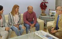 Celia Gómez, Cristina Pablos, Agustín Mantecón y Miguel Rodríguez durante la reunión celebrada esta mañana. (Foto: Natalia Rasillo)