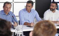 Pedro Duque y Pedro Sánchez durante la presentación de las becas (Foto. @astro duque)