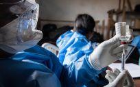 Equipo de vacunación contra el ébola en RDC (Foto: OMS / Junior Kannah)