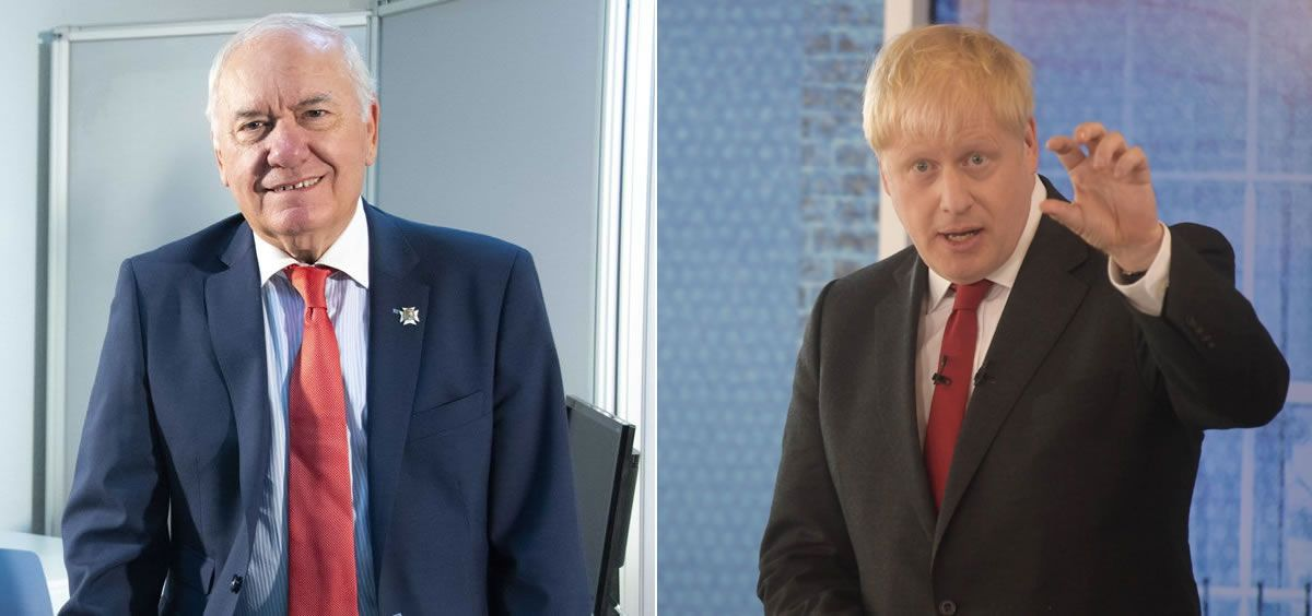 Florentino Pérez Raya, presidente del Consejo General de Enfermería, y Boris Johnson, primer ministro del Reino Unido (Foto: CGE y @BorisJohnson)