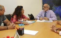 Rodríguez y Cardeñoso han tenido una primera toma de contacto en las dependencias de la Consejería de Sanidad (Foto. Natalia Rasillo)