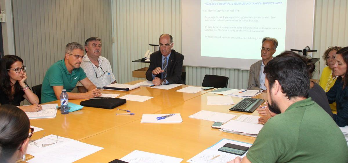 Reunión de la Consejería de Sanidad con colectivos sanitarios especializados en Salud Mental. (Foto. Xunta)