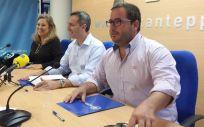 César Sánchez, Macarena Montesinos, Agustín Almodóbar, diputados por Alicante del Partido Popular (Foto. PP Alicante)